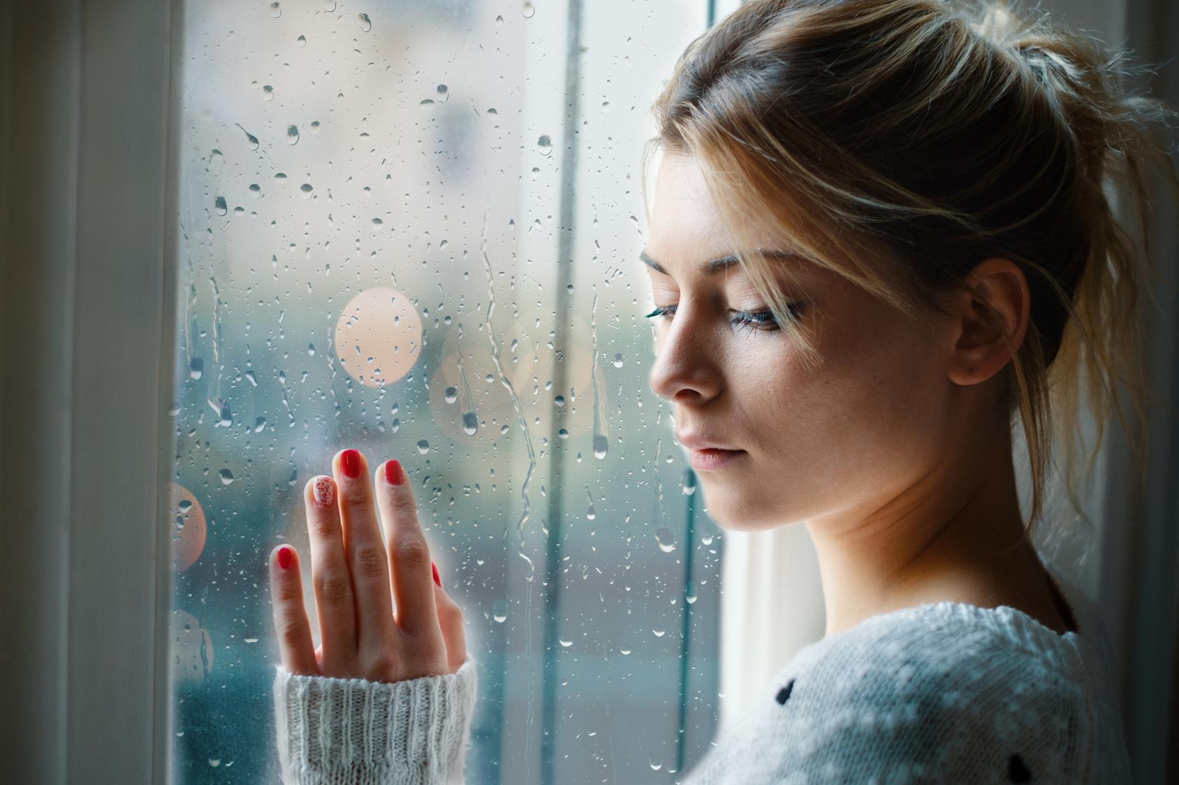 Sezonowa depresja – czym jest i jak z nią walczyć?
