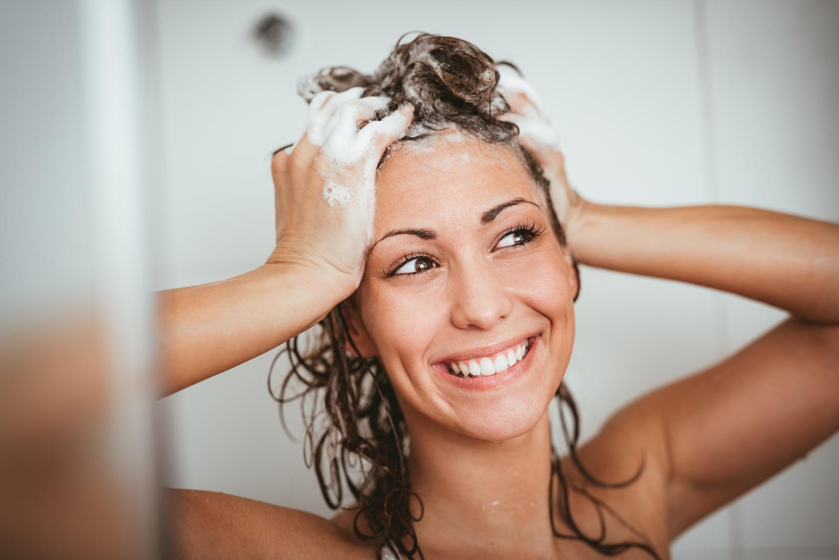 czy ściąć włosy gdy wypadają